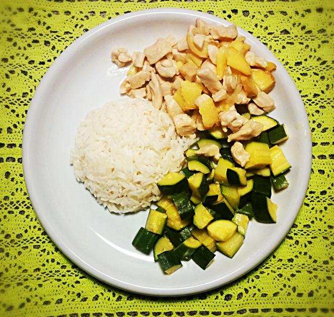 E' naturalmente senza glutine il pollo al limone e zenzero con riso basmati e zucchine