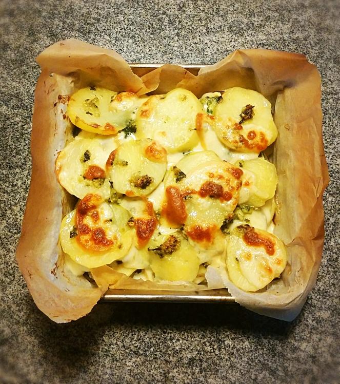 Sformato glutenfree di patate, zucchine, fagiolini e pesto