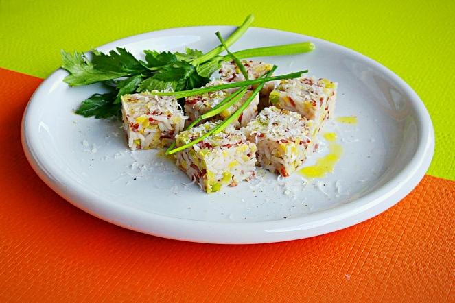 Cubetti sfiziosi di riso e lenticchie gialle e verdi