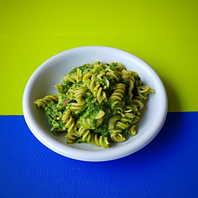 Questo piatto di pasta di fave con rapone delle Murge è un primo piatto sano, gustoso e naturalmente senza glutine